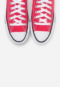 Converse - CHUCK TAYLOR ALL STAR - Trainers - carmine pink - 5