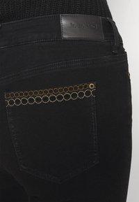 Desigual - Jeansy Skinny Fit - black - 5