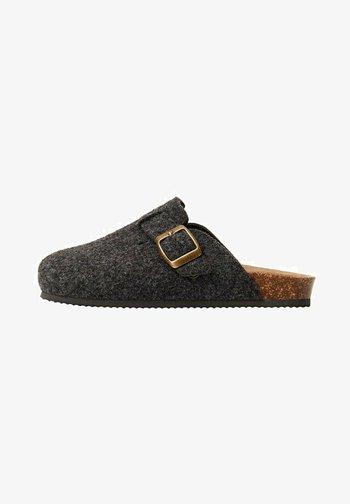 COOZY - Domácí obuv - grau