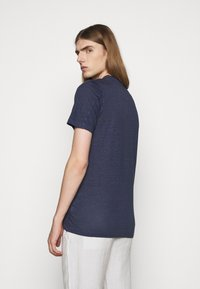 120% Lino - SHORT SLEEVE  - Basic T-shirt - blue navy - 2