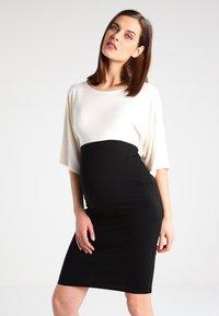 Envie de Fraise - NYLA - Sukienka z dżerseju - off white - 0
