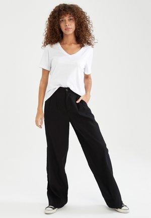 PACK OF 2 - Basic T-shirt - black