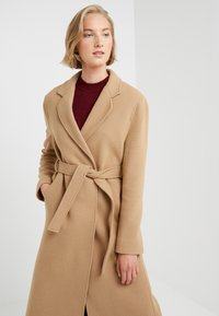 STUDIO ID - JENNIFER COAT - Zimní kabát - camel - 5