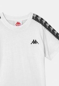 Kappa - ILYAS UNISEX - T-shirt con stampa - bright white - 2