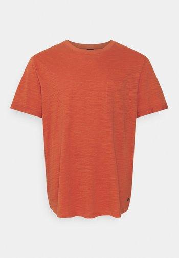 JPRBLABEACH TEE SOLID - T-shirt med print - mecca orange