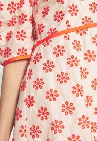 Alice McCall - I WANT YOU DRESS - Day dress - oatmeal - 6