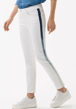 STYLE SHAKIRA S - Slim fit jeans - white/indigo