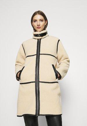 Manteau classique - cream