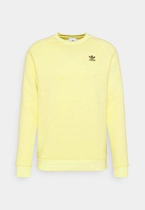 ESSENTIAL CREW - Sweatshirt - pulse yellow