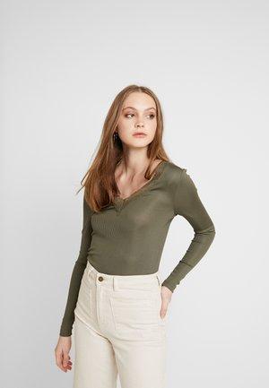 ONLRIO V-NECK - Long sleeved top - kalamata