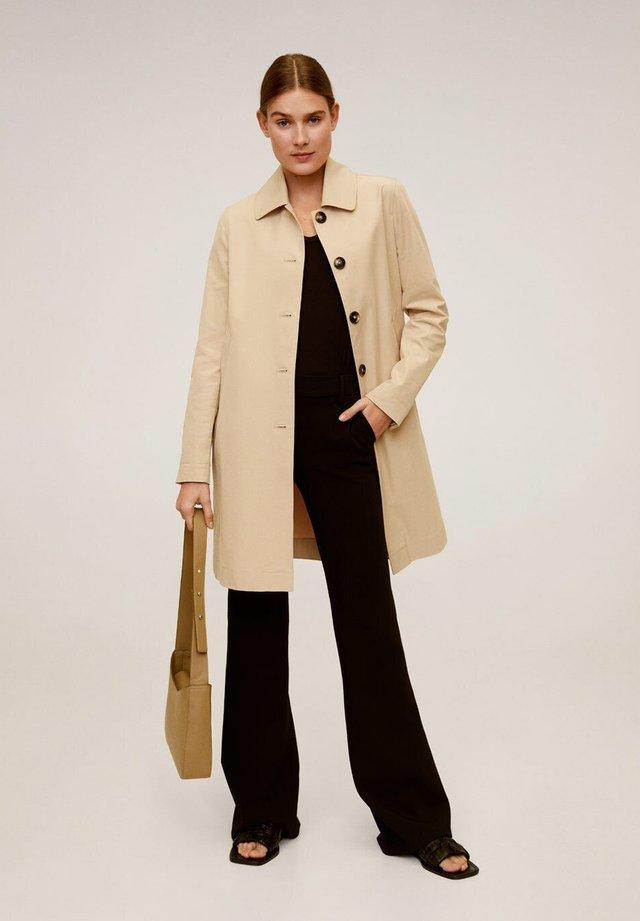 DOUBLE - Trenchcoat - beige