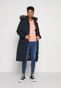 Superdry - LONGLINE FAUX FUR EVEREST COAT - Winter coat - eclipse navy - 1