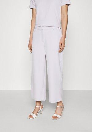 CULOTTA - Pantaloni - lavender blue