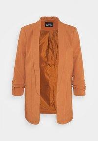PCBOSS - Short coat - mocha bisque