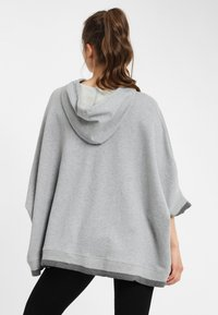 PONCHO COMPANY - Huppari - light grey - 1