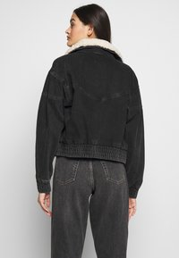 Topshop - 80S BORG NEAT JACKET - Denim jacket - wbk - 2