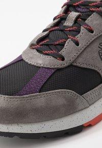Timberland - FIELD TREKKER - Sneaker low - mediun grey - 5