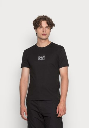 CHEST BOX LOGO - T-shirt med print - black
