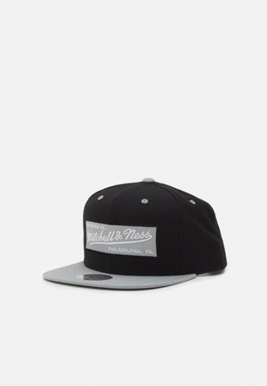 BOX LOGO SNAPBACK - Cap - black/grey