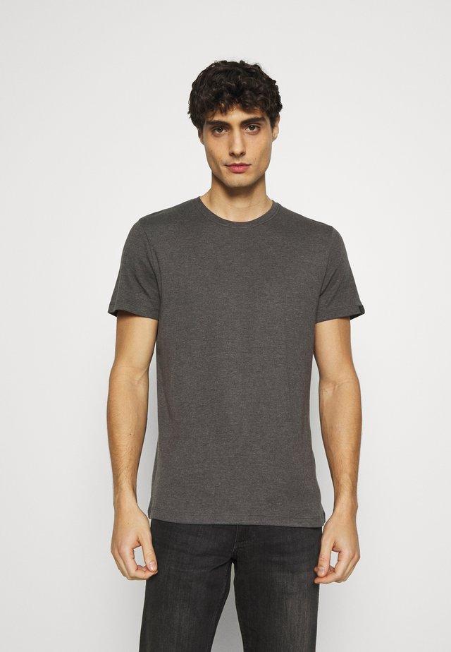 BASIC CREW NECK TEE - Jednoduché triko - dark grey melange