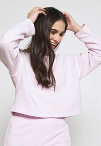 GAP - LOUNGE  - Pyjama top - whitened lilac - 3