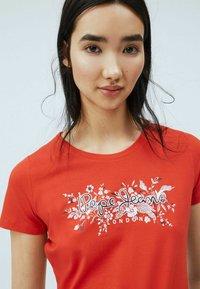 Pepe Jeans - Print T-shirt - mars rot - 3