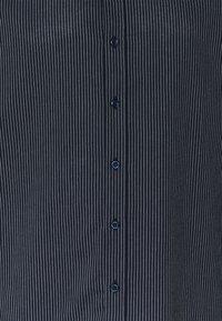 Newport Bay Sailing Club - CORE STRIPE SHIRT - Shirt - navy - 2