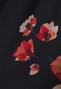 Molly Bracken - LADIES WOVEN DRESS - Maxi dress - dryflowers black - 5