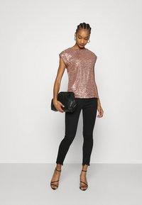 Dorothy Perkins - SEQUIN TEE - Print T-shirt - rose gold - 1
