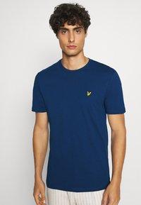 Lyle & Scott - T-shirt - bas - indigo - 3