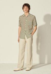 sandro - RITA - Shirt - ecru - 0