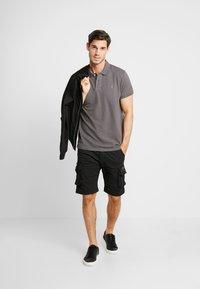 Alpha Industries - CREW - Shorts - black - 1
