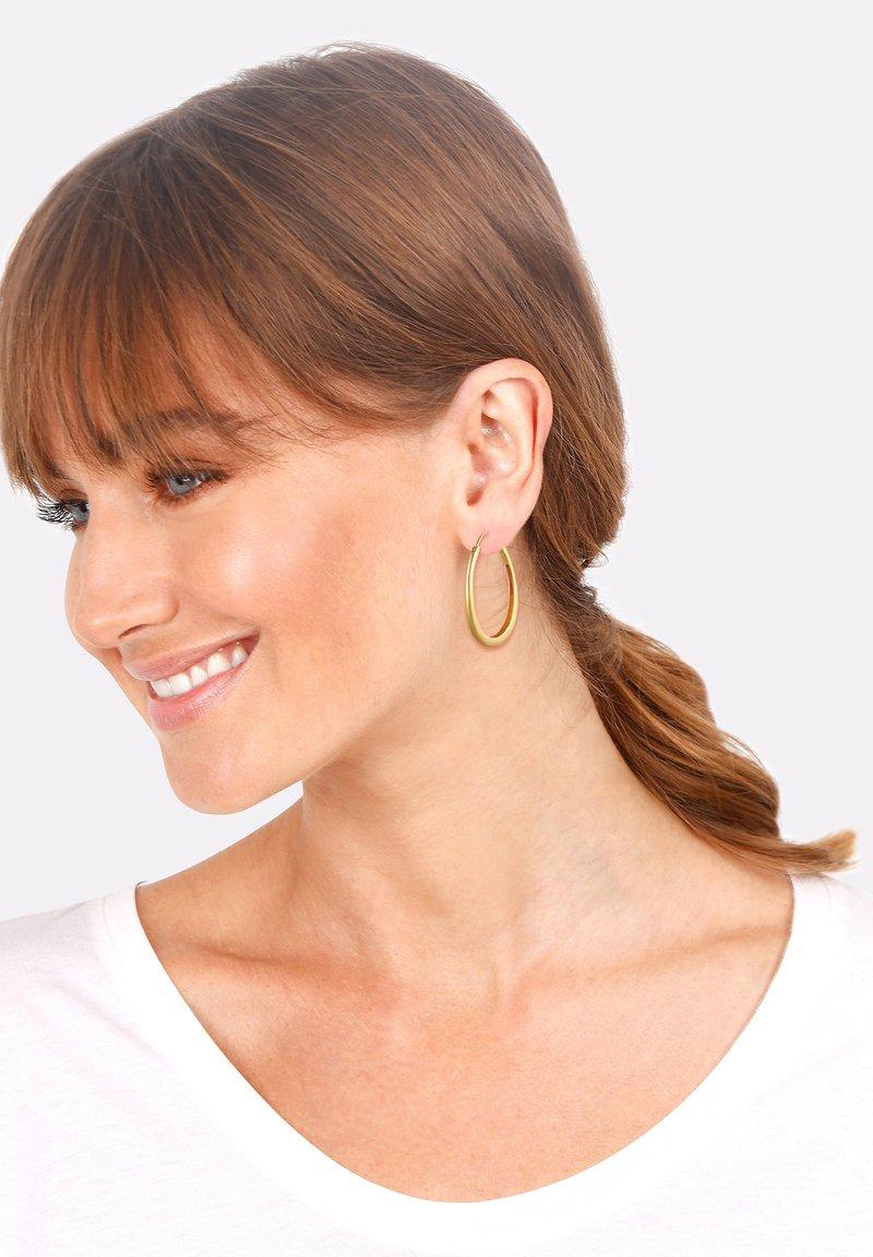 Elli - BASIC HOOPS - Earrings - gold-coloured