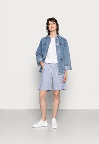 InWear - DRIZA - Shorts - blue/white - 1