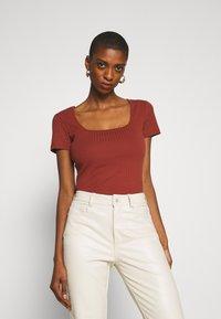 Anna Field - Basic T-shirt - brown - 0