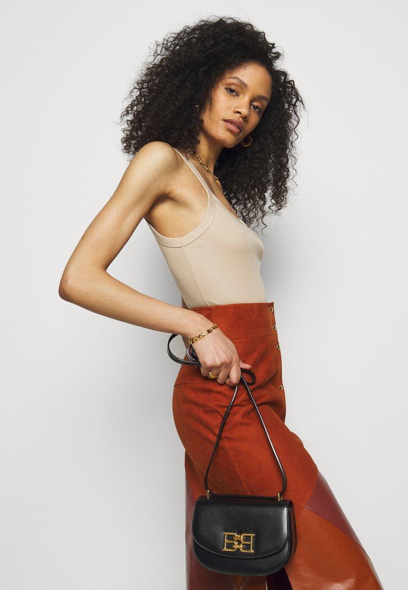 Bally - CHAIN MINI BAG - Across body bag - black