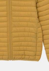 Save the duck - EVAN HOODED UNISEX - Light jacket - ochre yellow - 2