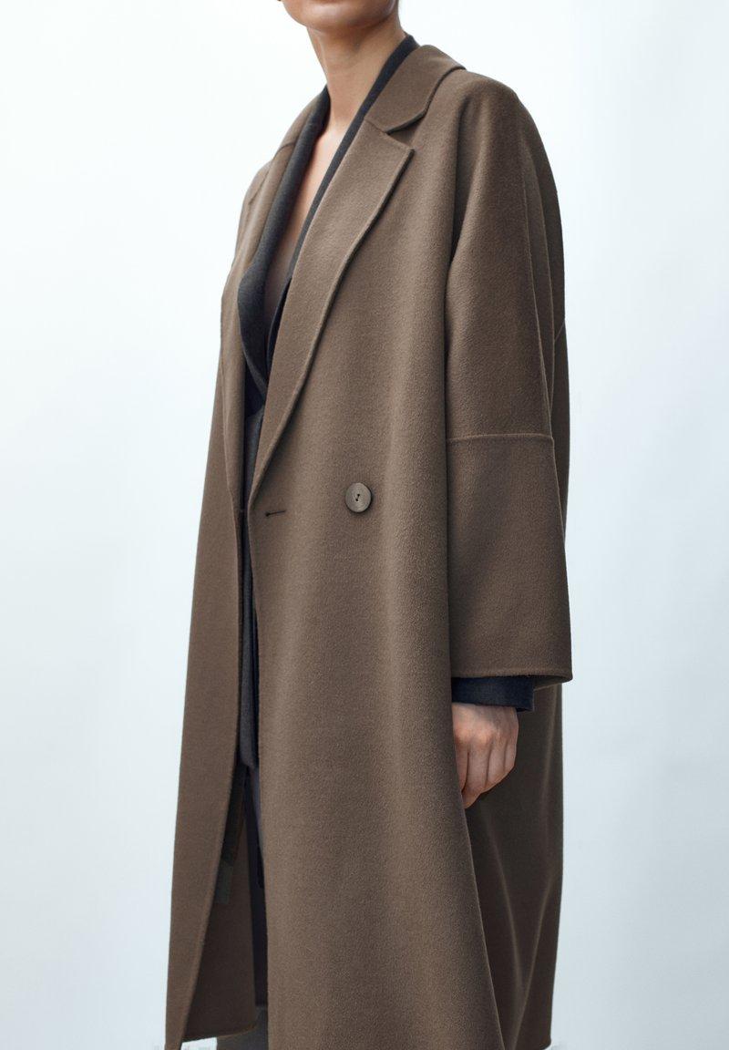 Massimo Dutti - Classic coat - metallic grey