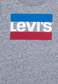 Levi's® - SPORTSWEAR LOGO - T-shirt print - dress blues snow yarn - 2