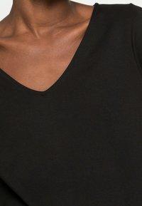 Selected Femme - SLFCARO TUNNI 3/4 SHORT DRESS B NOOS - Vapaa-ajan mekko - black - 4