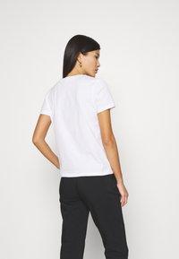 GANT - ARCHIVE SHIELD  - T-shirts med print - white - 2