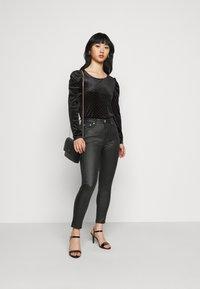 Glamorous Petite - LADIES - Jeans Skinny Fit - black - 1