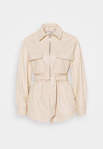 KENDALL - Faux leather jacket - beige