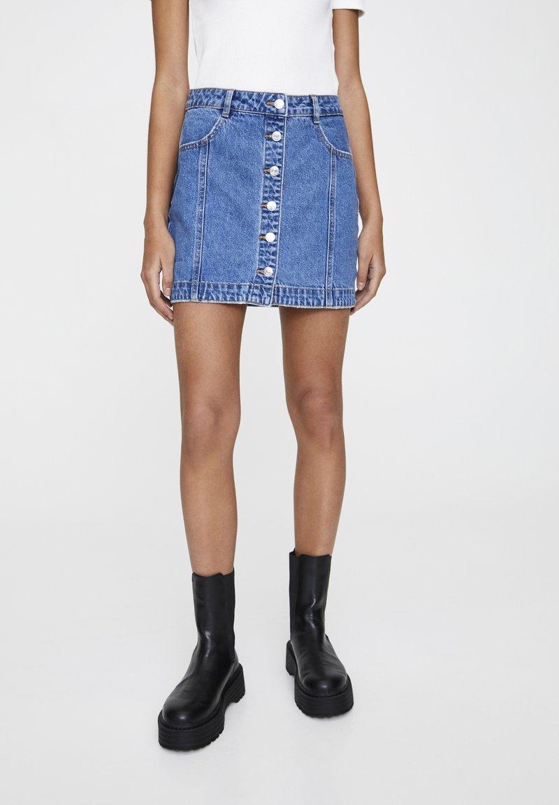 PULL&BEAR - Denim skirt - mottled dark blue