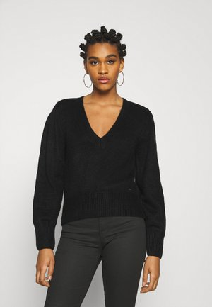SUSSI - Jumper - black