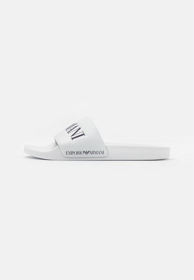 Sandaler - white/night