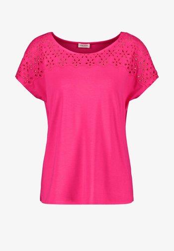 Camiseta estampada - azalea