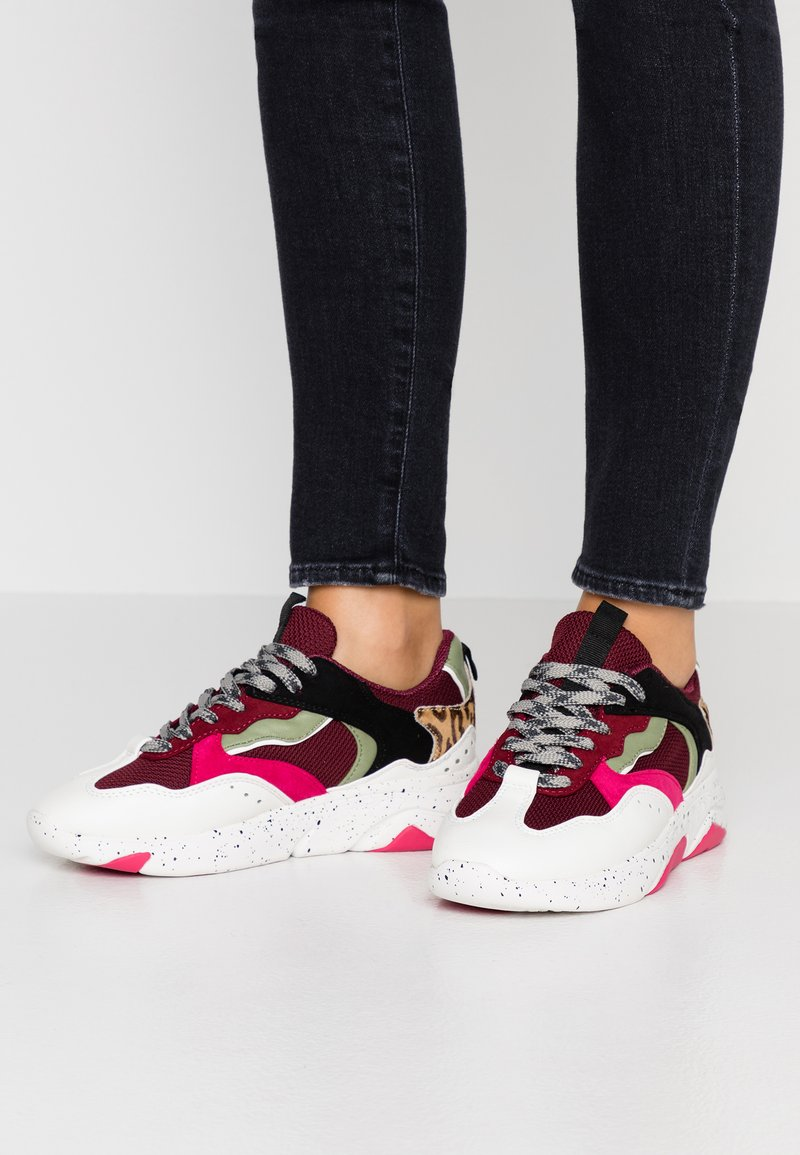 River Island - Trainers - red dark