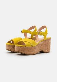 kate spade new york - JASPER - Sandales à plateforme - yellow - 2