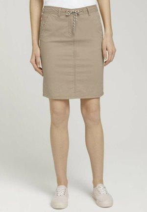 Pencil skirt - desert linen